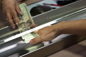 Three Reasons Why a Retailer May Need a Cash Dispensing System